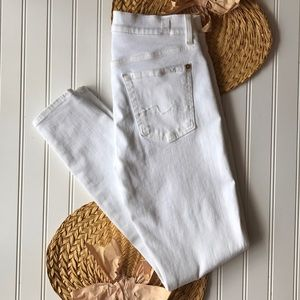 NWOT 7FAM white ankle gwenevere skinny jeans